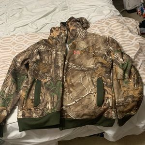 Under armour realtree camo cold gear hoodie